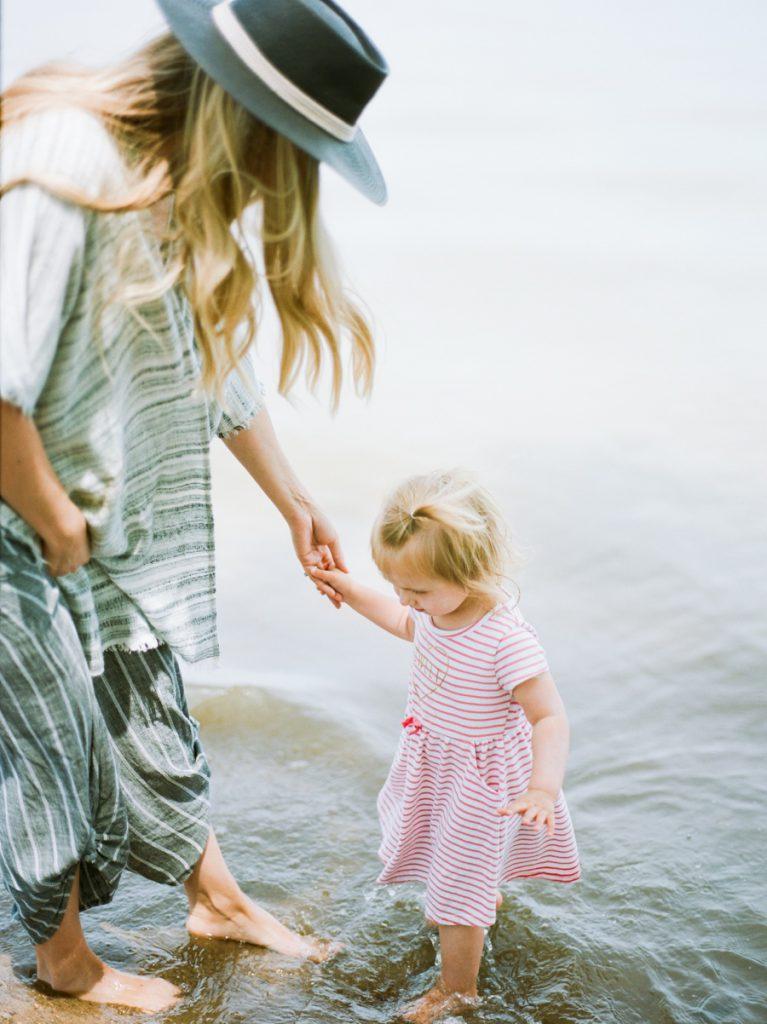 lincoln nebraska motherhood film photographer